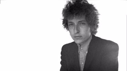 Bob Dylan: Academia Sueca desiste de comunicarse con el cantante