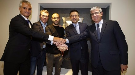 Javier Mascherano firmó su renovación con el Barcelona hasta 2019