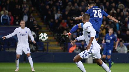 Riyad Mahrez anotó de taco para el triunfo del Leicester en Champions League