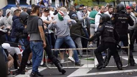 Ultras polacos se enfrentaron a la policía en los alrededores del Santiago Bernabéu