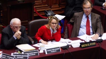 Luciana León pidió a Basombrío aclarar la supuesta presencia de Hezbollah en Apurímac