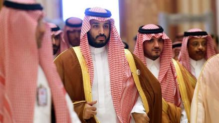 Un príncipe de Arabia implanta política de austeridad y se compra millonario yate