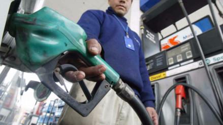 Repsol y Petroperú subieron precios de combustibles hasta en 3.5%