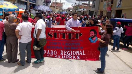 Maestros del SUTEP suspenden huelga tras acuerdo con gobierno regional
