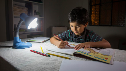 Día del Ahorro de Energía: Consejos para cuidar tu economía familiar