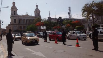 Taxistas chiclayanos rechazan uso de grúas para vehículos infractores