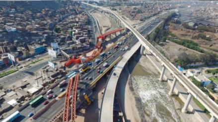 Piden a la Fiscalía investigar a Castañeda por presunta renegociación de Línea Amarilla