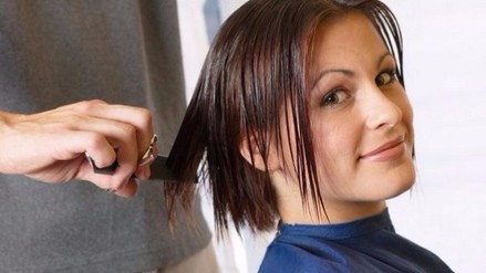 Cuanto cuesta un corte de pelo mujer