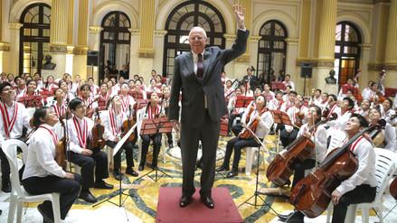PPK dirigió una orquesta sinfónica llena de pequeños grandes genios