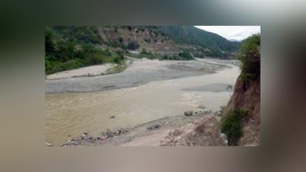 Andahuaylas: hallan sin vida a taxista en las orillas del río Pampas