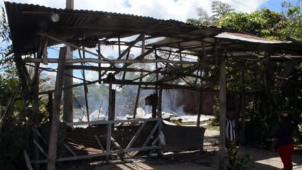 Iquitos: invasores queman vivienda de dueña de terrenos