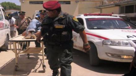 Sujetos que vendían droga disparan a dos policías en Barranca