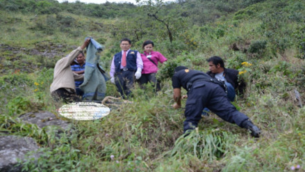 Piura: joven muere tras caer camioneta al abismo en Huancabamba