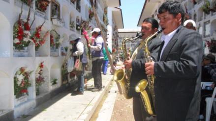 Así de Claro: ¿Cómo se celebra el Día de Todos los Santos en el Perú?