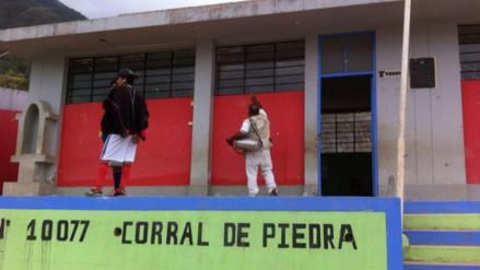 Fumigan instalaciones de la I. E. N° 10077 del caserío Corral de Piedra