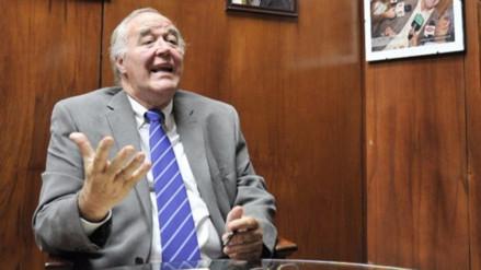 """García Belaunde ve """"imposible"""" que prospere nulidad de elección de Rey y Chlimper"""