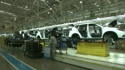 La actividad industrial china registró su nivel más alto en dos años