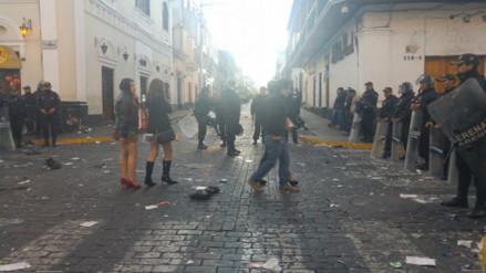 Celebración de Halloween terminó con disturbios en las calles de Arequipa