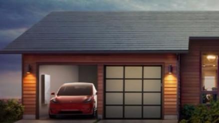 Tesla presentó un tejado solar que le da electricidad a los hogares