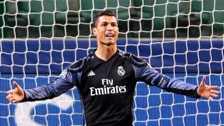 Cristiano Ronaldo imitó 'pase de desprecio' de Ronaldinho, pero quedó en ridículo