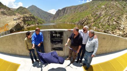 Inauguran Hidroeléctrica Cerro del Águila, segunda más grande del país