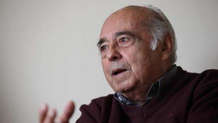 El poeta Carlos Germán Belli gana el Premio Nacional de Cultura 2016