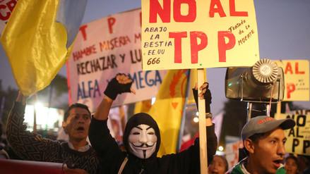 Cientos marcharon en Lima exigiendo al Congreso no ratificar el TPP