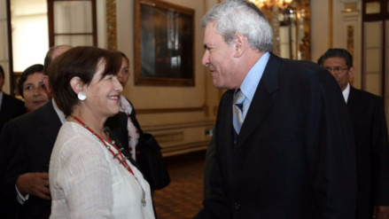 Piden que Villarán y Castañeda acudan al Congreso por Cantagallo