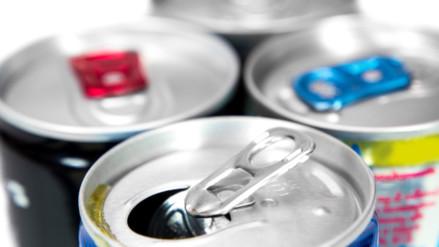 Existe relación entre las bebidas energizantes y la hepatitis