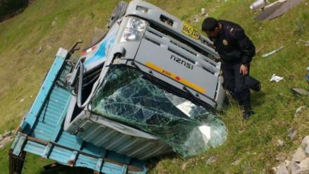 Cajamarca. vuelco de camión lechero deja un fallecido y diez heridos