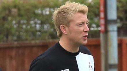 ¡Insólito! Entrenador inglés es suspendido por apostar en contra de su equipo