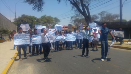 Más de 14 mil estudiantes universitarios son afectados por huelga de docentes