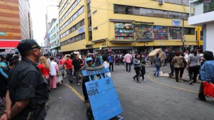 La Municipalidad de Lima clausuró temporalmente dos galerías de Mesa Redonda