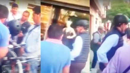 Cambistas insultan a alcalde de San Isidro en plena calle