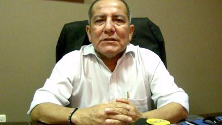 Piura: trabajador municipal denuncia agresión de alcalde de Castilla