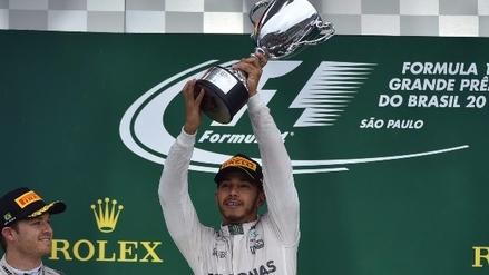 Hamilton ganó en Brasil y postergó el festejo de Rosberg en la Fórmula Uno