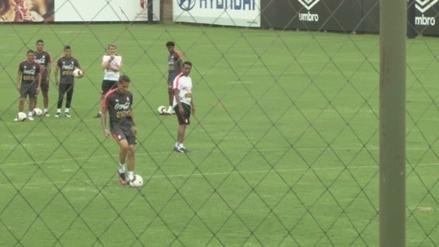 El golazo de sombrero de Paolo Guerrero previo al encuentro ante Brasil