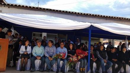 Colocan la primera piedra para la construcción del hospital de Huari