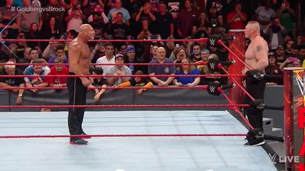Golberg y Brock Lesnar se encararon a poco de la lucha en Survivor Series