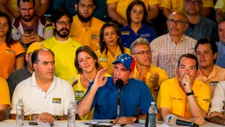 Capriles dice que se puede revocar a Maduro y cambiar de gobierno en 2017