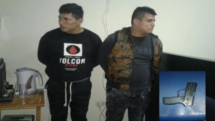 Capturan a ladrones que usaban una pistola de juguete para robar celulares