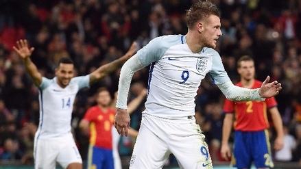 Jamie Vardy festejó gol en el Inglaterra vs. España con un 'Mannequin Challenge'