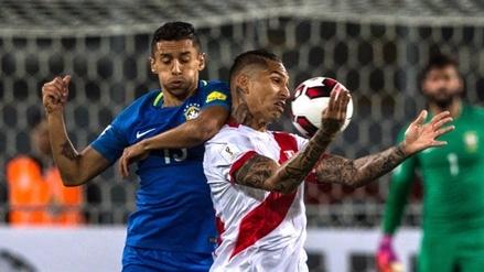Luchando hasta el final: Perú cayó 2-0 ante el líder Brasil