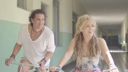 Carlos Vives espera seguir cantando con Shakira