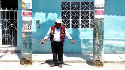 Chiclayo: piden cambiar postes que están a punto de caer en Cayaltí
