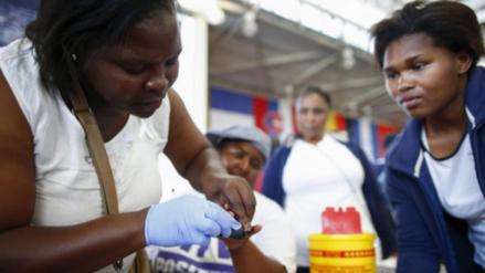 ONU: cerca de 7500 mujeres jóvenes contrajeron VIH cada semana de 2015
