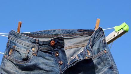 Si los jeans perfectos quieres, evitar lavarlos debes