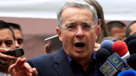 Álvaro Uribe rechaza que el nuevo acuerdo de paz con las FARC sea refrendado en el Congreso