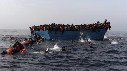 Rescatan a mil 400 inmigrantes en el Mediterráneo