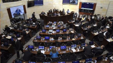 El Senado de Colombia aprueba acuerdo de paz con las FARC